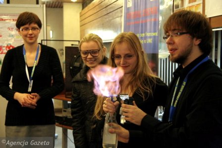 Centrum Chemii W Malej Skali Kierunek Zamawiany Chemia Projekt